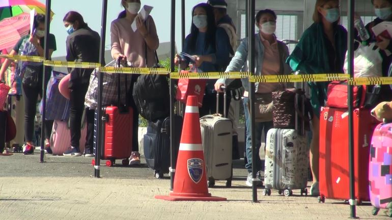 More Thais Return from Neighbouring Countries As Borders Reopen