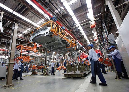 พบ 9 ปัญหาแรงงานภาคอิเล็กฯ-ยานยนต์ไทย ปี 2559-60
